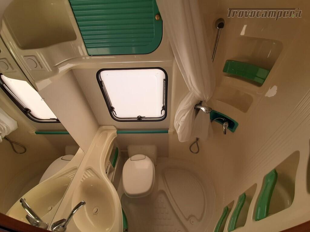 USATO - MANSARDATO MC LOUIS 690 del 2002 usato  in vendita a Macerata - Immagine 10