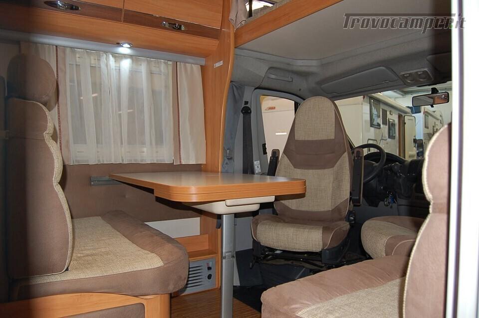 MANSARDATO CON LETTI GEMELLI ADRIA CORAL A 670 SL nuovo  in vendita a Milano - Immagine 2