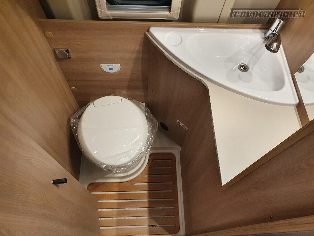 Camper puro Laika Kosmo Campervan 6.0 nuovo  in vendita a Bolzano - Immagine 12