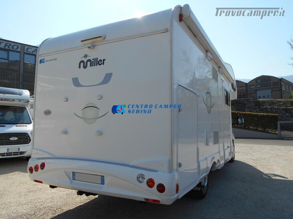 Miller Arizona camper mansardato 5 posti con garage e gancio di traino usato  in vendita a Brescia - Immagine 3
