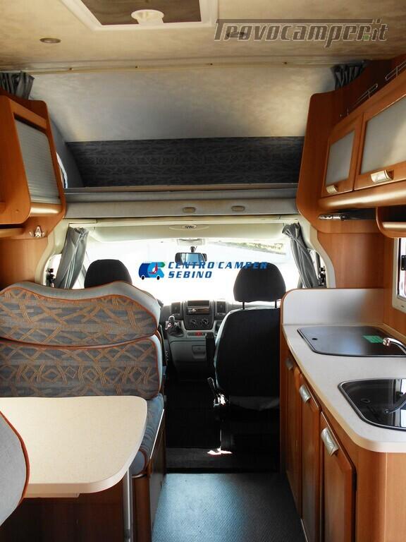 Miller Arizona camper mansardato 5 posti con garage e gancio di traino usato  in vendita a Brescia - Immagine 9