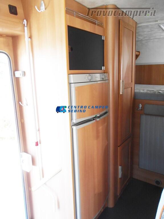 Miller Arizona camper mansardato 5 posti con garage e gancio di traino usato  in vendita a Brescia - Immagine 16