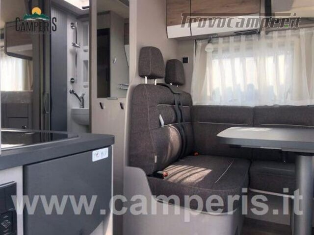 Motorhome hymer-eriba hymer ex i 474 nuovo  in vendita a Matera - Immagine 4