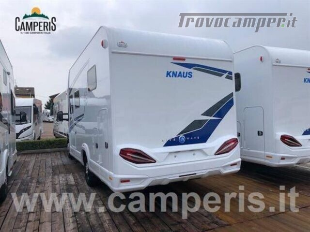 Semintegrale KNAUS KNAUS LIVE WAVE 650 MX usato  in vendita a Matera - Immagine 3