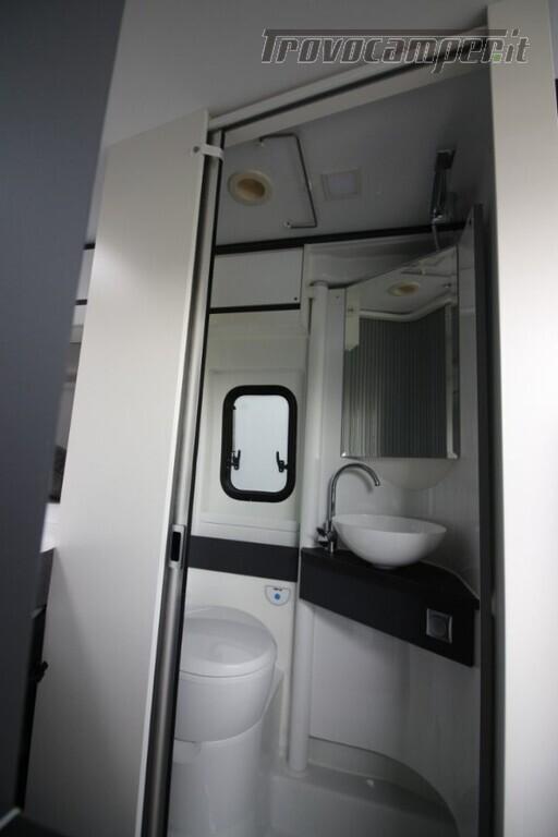 Camper puro adria twin supreme 600 spb usato  in vendita a Trieste - Immagine 15