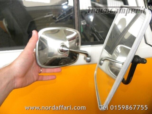 Camper puro VOLKSWAGEN Transporter T2-A Westfalia usato  in vendita a Biella - Immagine 21