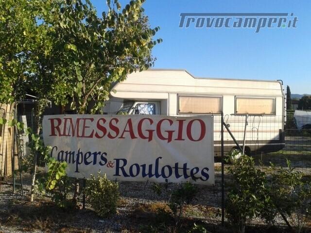 Roulotte AREA RIMESSAGGIO CAMPER BARCHE E ROULOTT usato  in vendita a Pistoia - Immagine 1