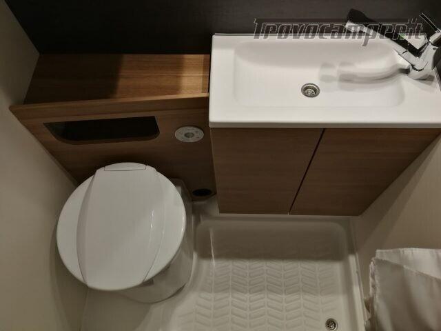 Roulotte WEINSBERG CARAVAN NUOVA CARAONE 400 LK- nuovo  in vendita a Bergamo - Immagine 16
