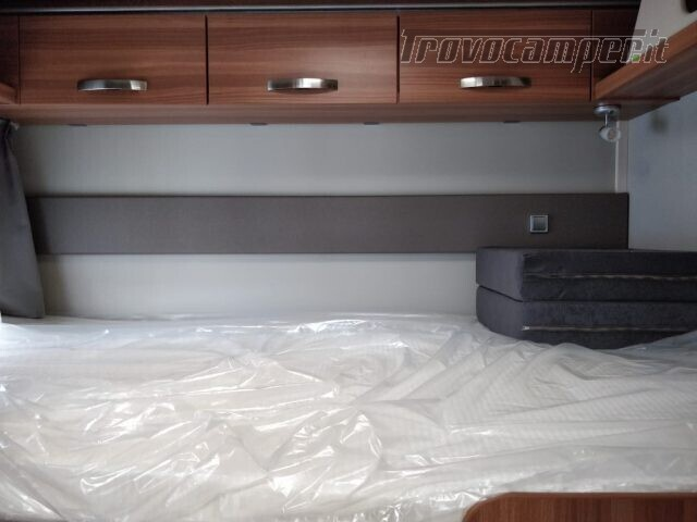 Semintegrale WEINSBERG CARASUITE 650 MG  2021 ED.ITAL usato  in vendita a Bergamo - Immagine 9