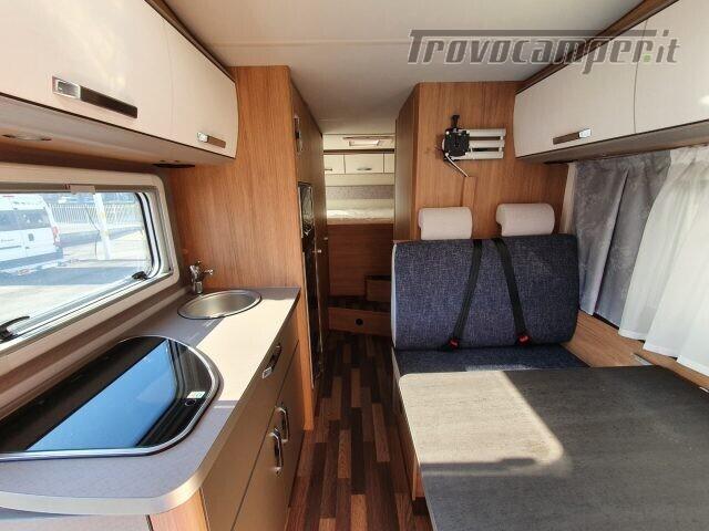 Mansardato WEINSBERG 700 DG  CARAHOME CAMPER 2021 N usato  in vendita a Bergamo - Immagine 3