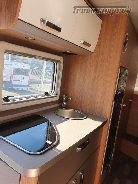 Mansardato WEINSBERG 700 DG  CARAHOME CAMPER 2021 N usato  in vendita a Bergamo - Immagine 5