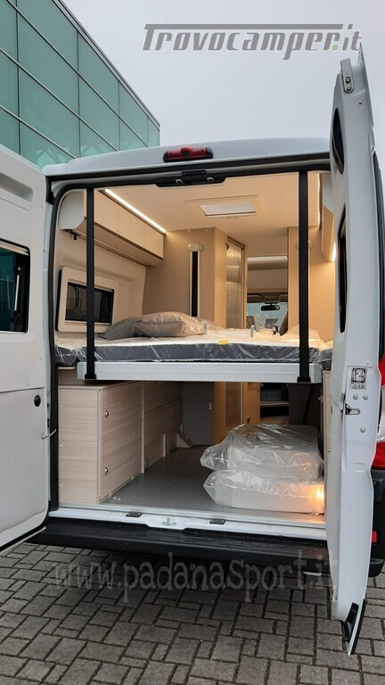 Van ADRIA TWIN PLUS 640 SGX con bagno vario nuovo  in vendita a Pavia - Immagine 7