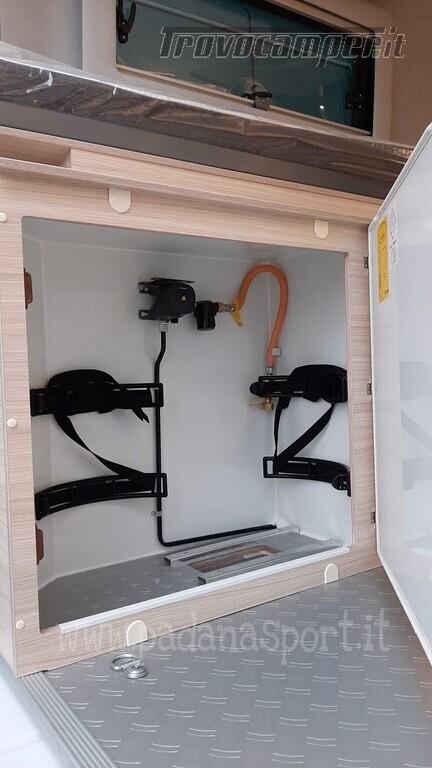 Van ADRIA TWIN PLUS 640 SGX con bagno vario nuovo  in vendita a Pavia - Immagine 9