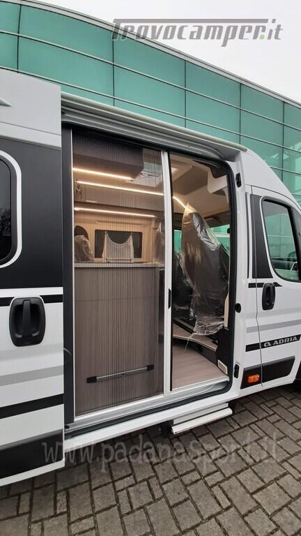 Van ADRIA TWIN PLUS 640 SGX con bagno vario nuovo  in vendita a Pavia - Immagine 15