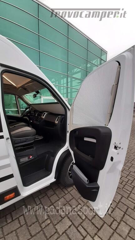 Van ADRIA TWIN PLUS 640 SGX con bagno vario nuovo  in vendita a Pavia - Immagine 24
