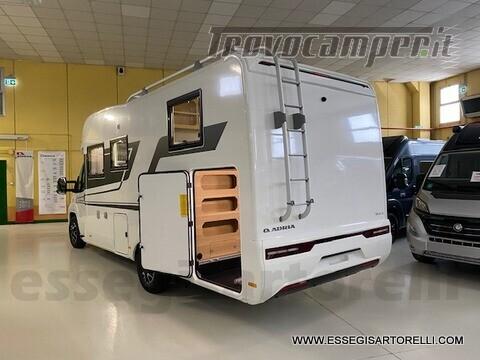 Adria NEW MATRIX PLUS 670 SL 160 POWER 2021 doppio pavimento gemelli basculante nuovo  in vendita a Brescia - Immagine 4