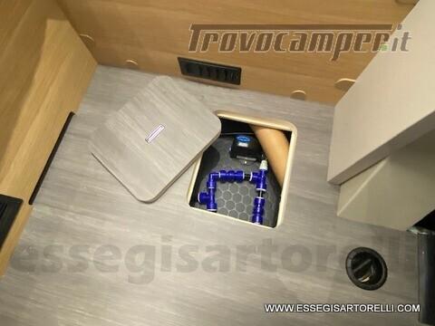 Adria NEW MATRIX PLUS 670 SL 160 POWER 2021 doppio pavimento gemelli basculante nuovo  in vendita a Brescia - Immagine 18