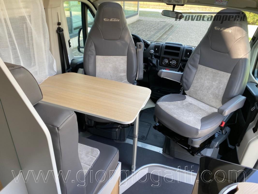 Camper puro Fontvendome Horizon 107 van da 5,41 mt con riscaldamento diesel usato  in vendita a Alessandria - Immagine 10