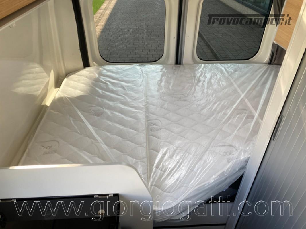 Camper puro Fontvendome Horizon 107 van da 5,41 mt con riscaldamento diesel usato  in vendita a Alessandria - Immagine 13