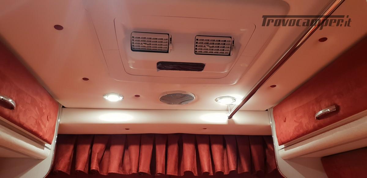 Furgonato Van Rayner 640 usato  in vendita a Cosenza - Immagine 9