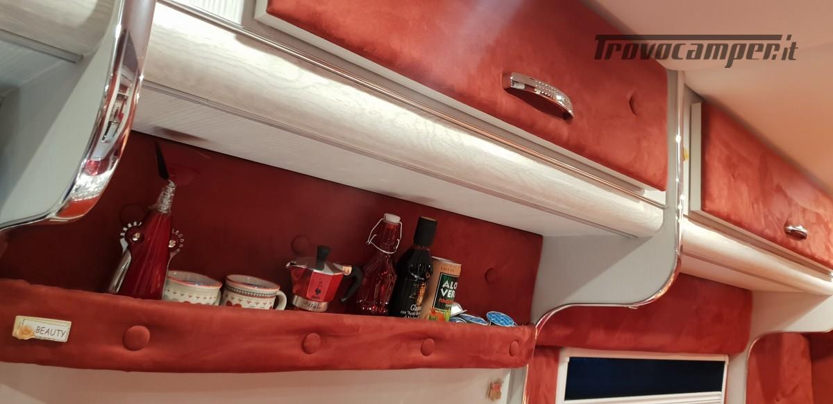 Furgonato Van Rayner 640 usato  in vendita a Cosenza - Immagine 10