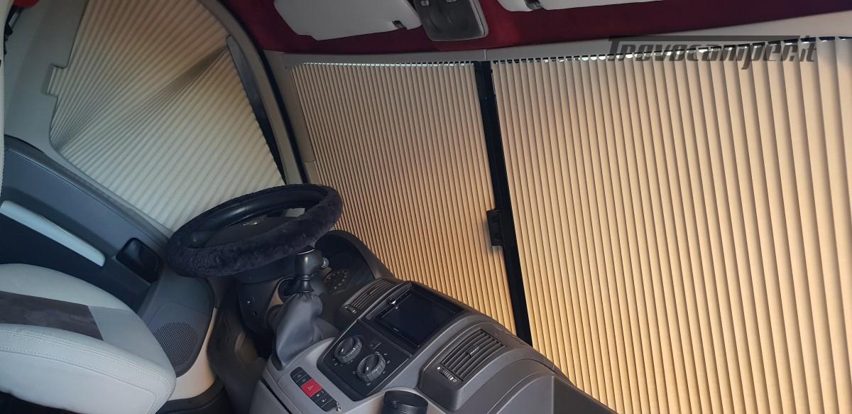 Furgonato Van Rayner 640 usato  in vendita a Cosenza - Immagine 20