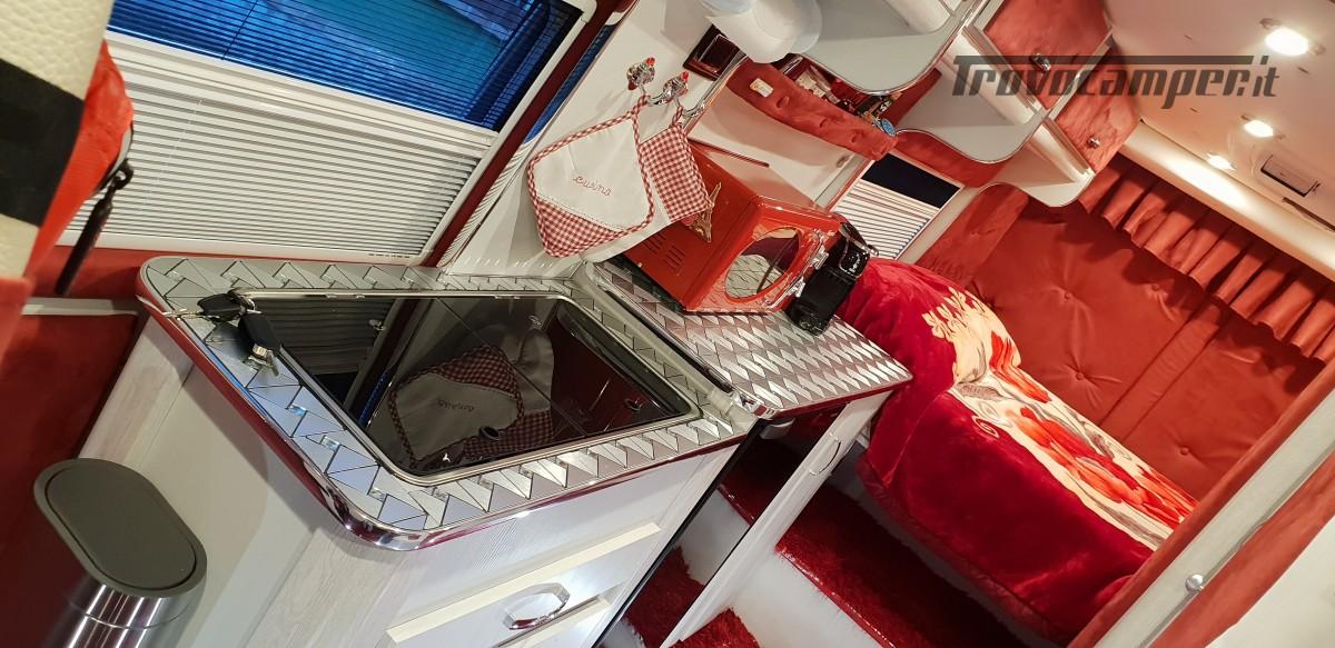 Furgonato Van Rayner 640 usato  in vendita a Cosenza - Immagine 25