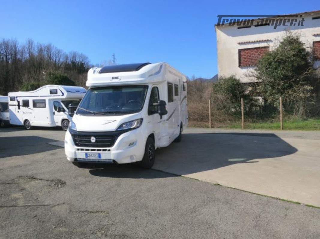 Semintegrale MCLOUIS MC4 360 nuovo  in vendita a Massa-Carrara - Immagine 1