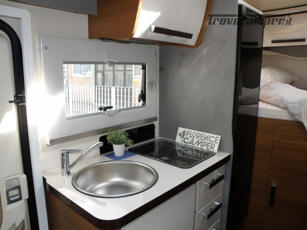 CAMPER PRONTA CONSEGNA SEMINTEGRALE ELNAGH BARON 531 usato  in vendita a Prato - Immagine 3