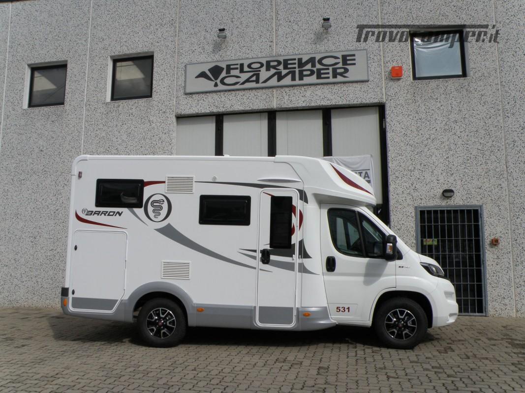 CAMPER PRONTA CONSEGNA SEMINTEGRALE ELNAGH BARON 531 usato  in vendita a Prato - Immagine 9