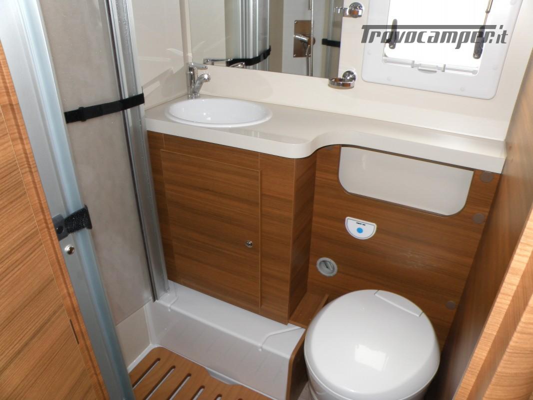 CAMPER PRONTA CONSEGNA SEMINTEGRALE ELNAGH BARON 531 usato  in vendita a Prato - Immagine 15