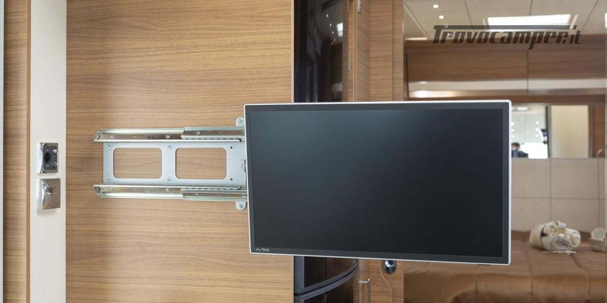 MOTORHOME PRONTA CONSEGNA ARCA H 740 LETTO CENTRALE usato  in vendita a Prato - Immagine 3