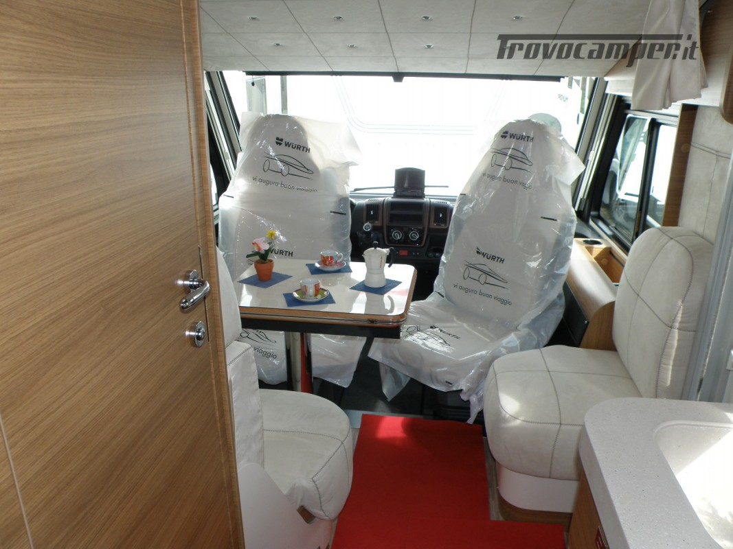 MOTORHOME ARCA H 640 GLM IN PRONTA CONSEGNA LETTO MATRIMONIALE nuovo  in vendita a Prato - Immagine 13