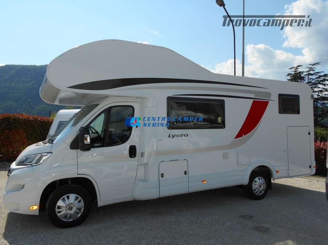 Noleggio Burstner Lyseo A 700 camper mansardato 6 posti con garage nuovo  in vendita a Brescia - Immagine 3