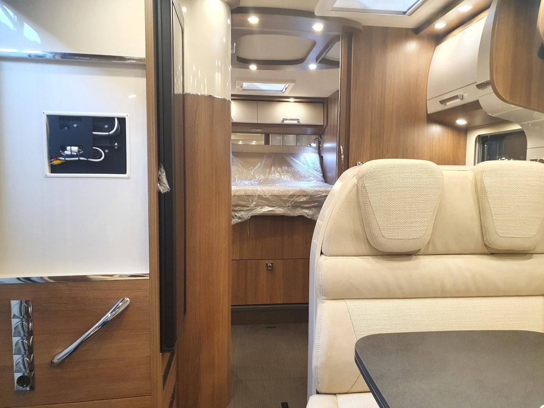 Semintegrale Carthago c-tourer T 144 QB nuovo  in vendita a Bolzano - Immagine 11
