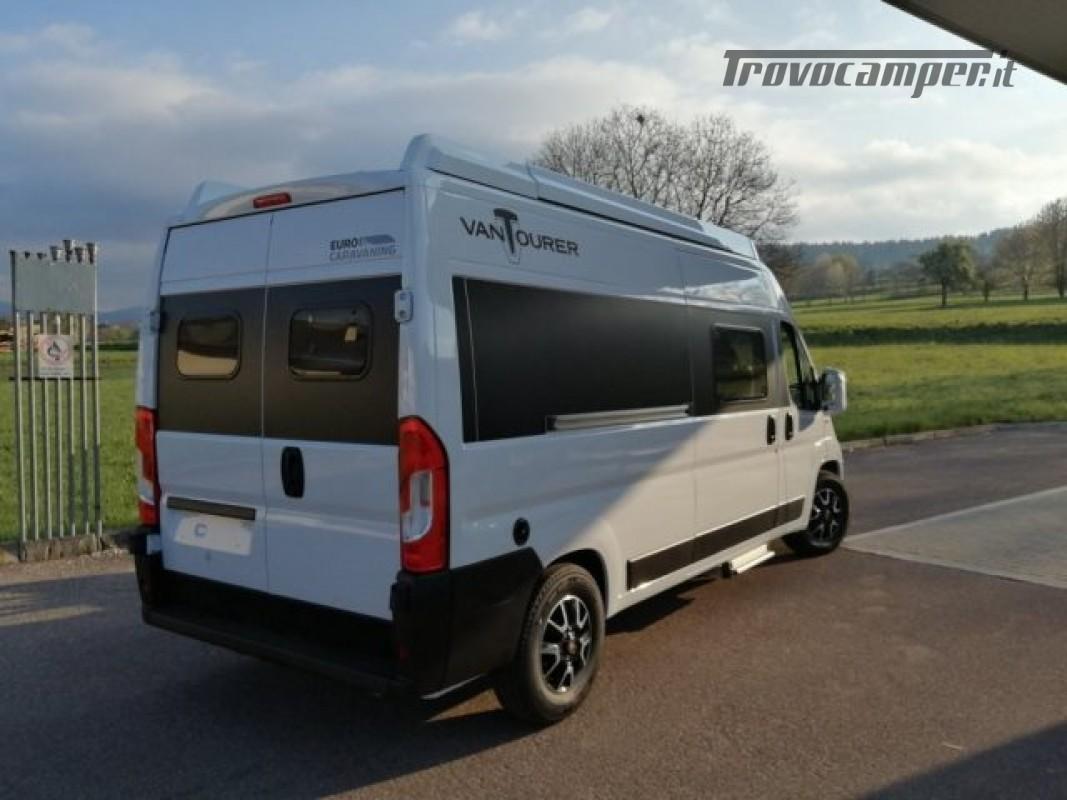 Camper puro VANTOURER 600D TETTO A SOFFIETTO, LETTO nuovo  in vendita a Trento - Immagine 2