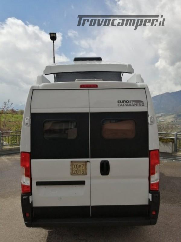 Camper puro VANTOURER 600D TETTO A SOFFIETTO, LETTO nuovo  in vendita a Trento - Immagine 4