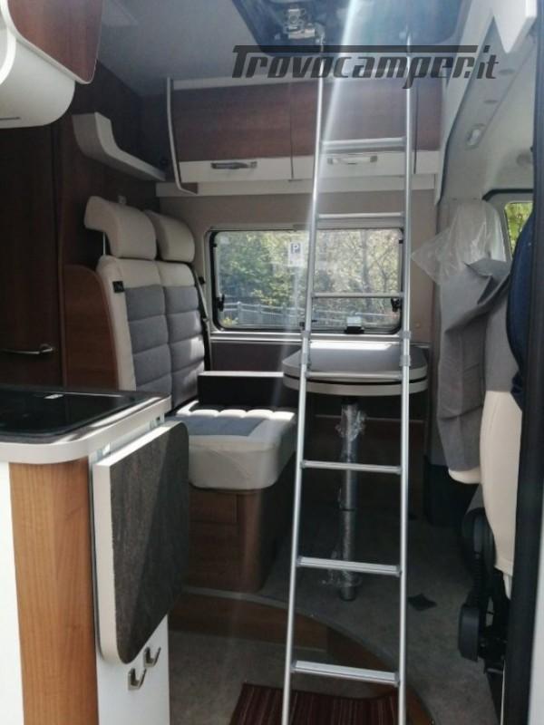 Camper puro VANTOURER 600D TETTO A SOFFIETTO, LETTO nuovo  in vendita a Trento - Immagine 8