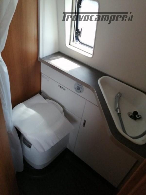 Camper puro VANTOURER 600D TETTO A SOFFIETTO, LETTO nuovo  in vendita a Trento - Immagine 16