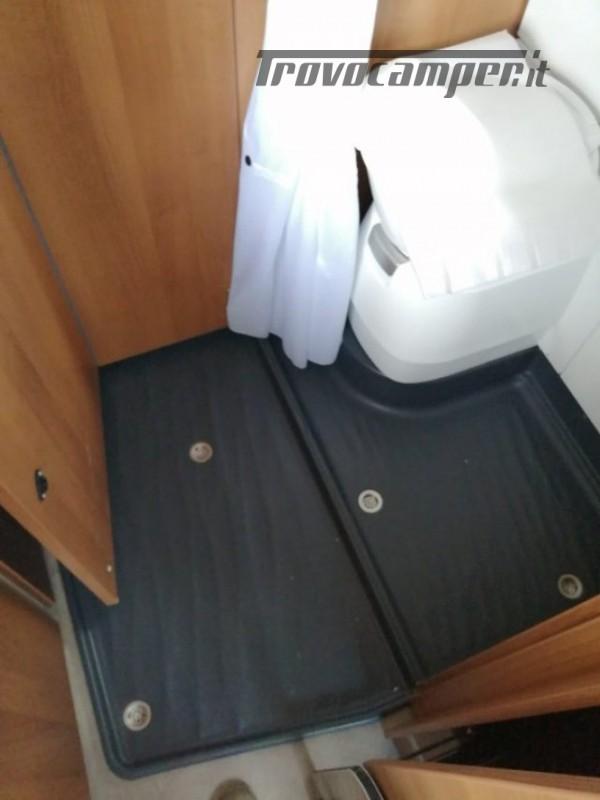 Camper puro VANTOURER 600D TETTO A SOFFIETTO, LETTO nuovo  in vendita a Trento - Immagine 18