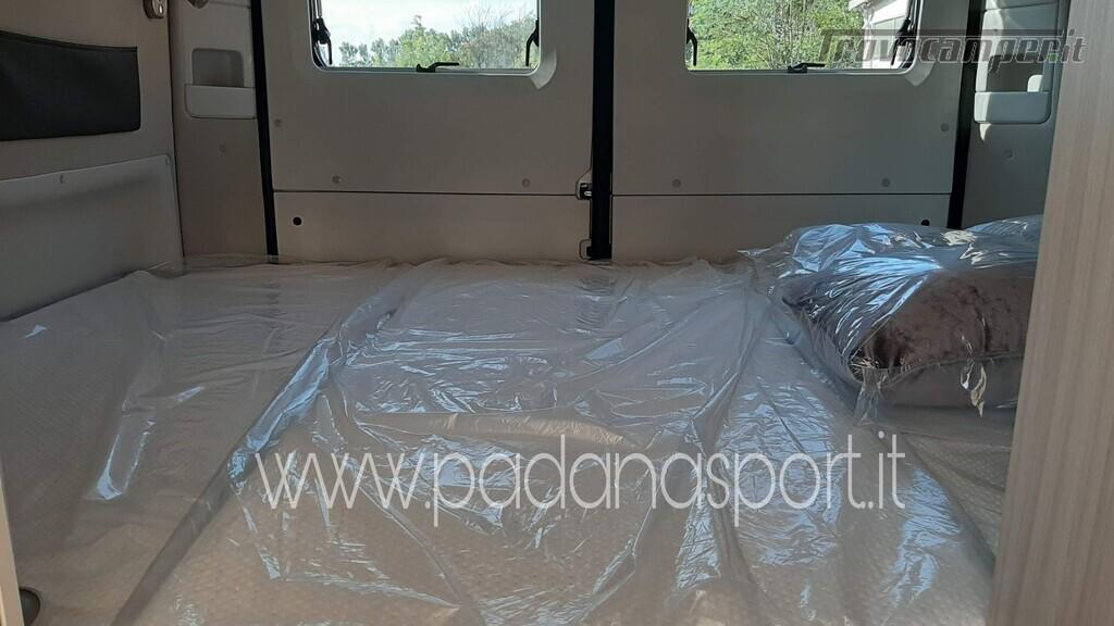 Van ADRIA Twin Axess 600 SP Family usato  in vendita a Pavia - Immagine 2