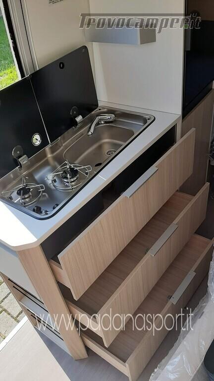 Van ADRIA Twin Axess 600 SP Family usato  in vendita a Pavia - Immagine 4