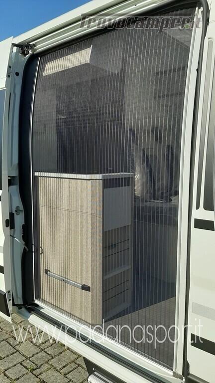 Van ADRIA Twin Axess 600 SP Family usato  in vendita a Pavia - Immagine 6
