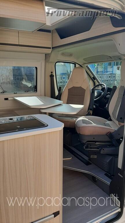 Van ADRIA Twin Axess 600 SP Family usato  in vendita a Pavia - Immagine 9