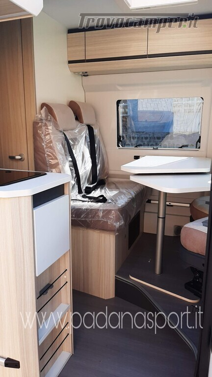 Van ADRIA Twin Axess 600 SP Family usato  in vendita a Pavia - Immagine 10