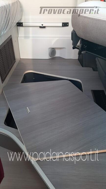 Van ADRIA Twin Axess 600 SP Family usato  in vendita a Pavia - Immagine 11