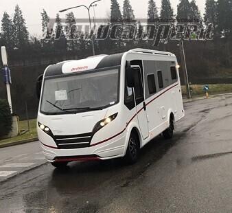 DETHLEFFS MOTORHOME NUOVO GLOBEBUS I006 LETTO GEMELLO IN CODA usato  in vendita a Varese - Immagine 1