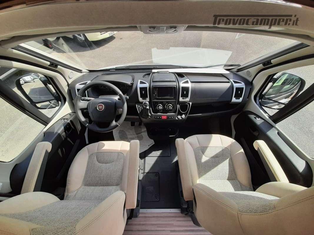 MALIBU VAN CHARMING GT SKYVIEW 600DB nuovo  in vendita a Macerata - Immagine 4