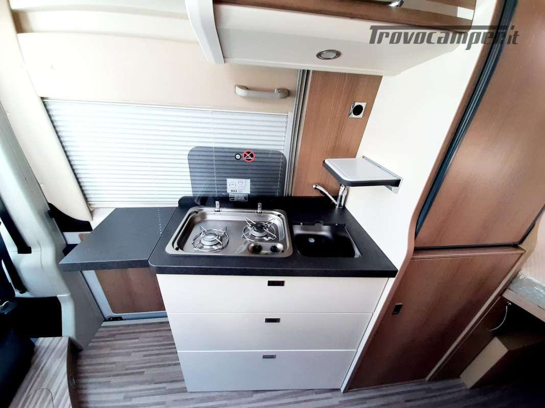 MALIBU VAN CHARMING GT SKYVIEW 600DB nuovo  in vendita a Macerata - Immagine 5