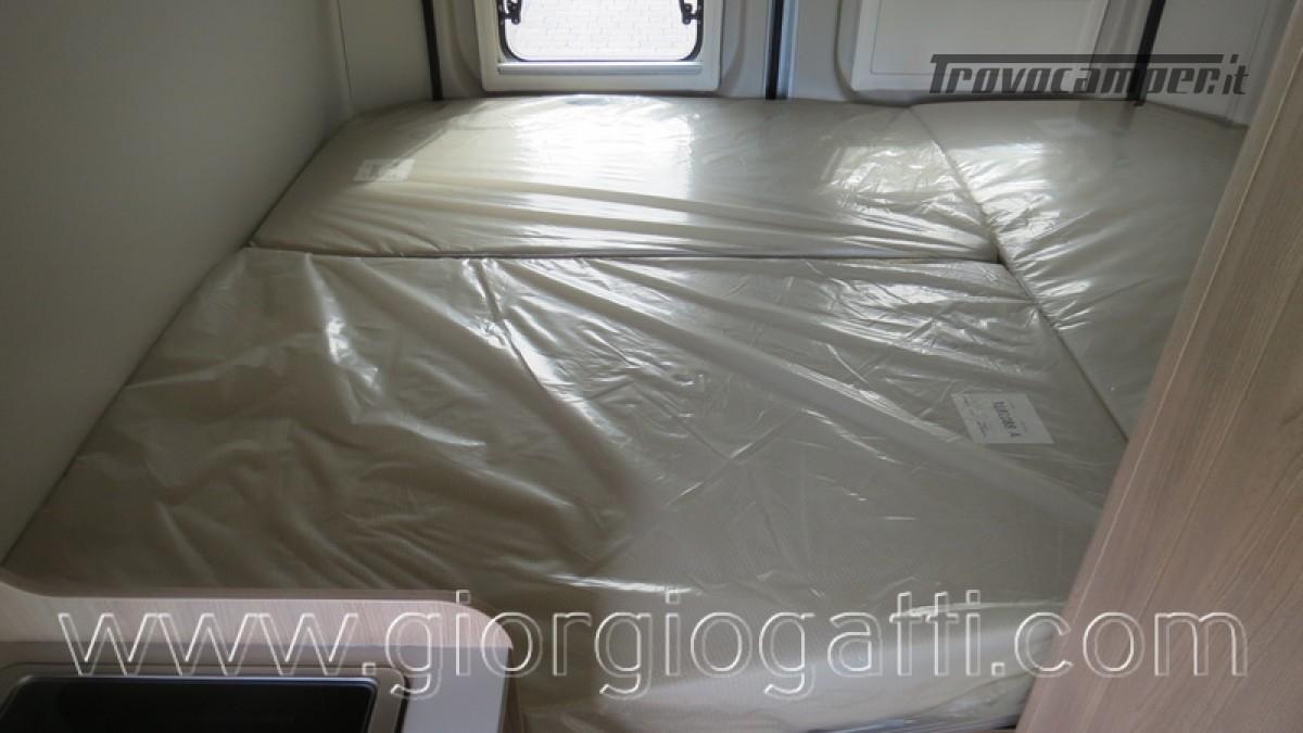 Camper puro Laika Kosmo Campervan 6.0 con soffietto e veranda nuovo  in vendita a Alessandria - Immagine 5